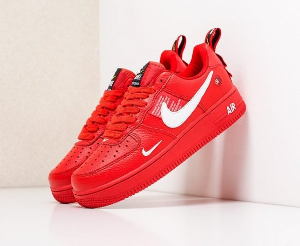 Nike Air Force 1 LV8 Utility red