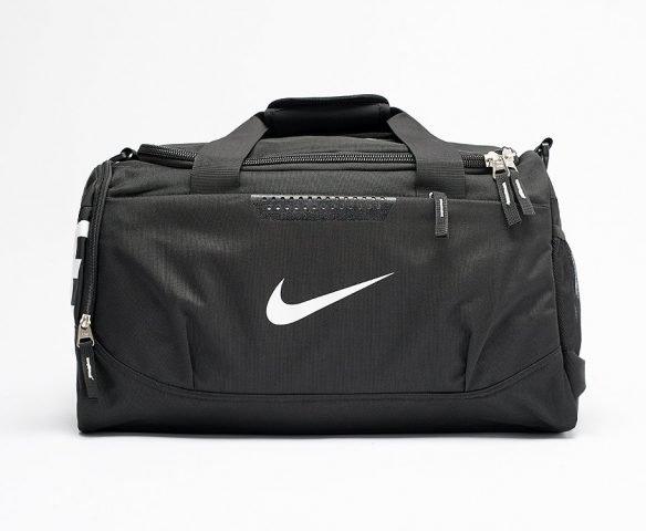 Сумка Nike спортивная черная