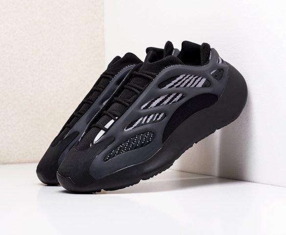 Adidas Yeezy Boost 700 v3 черные