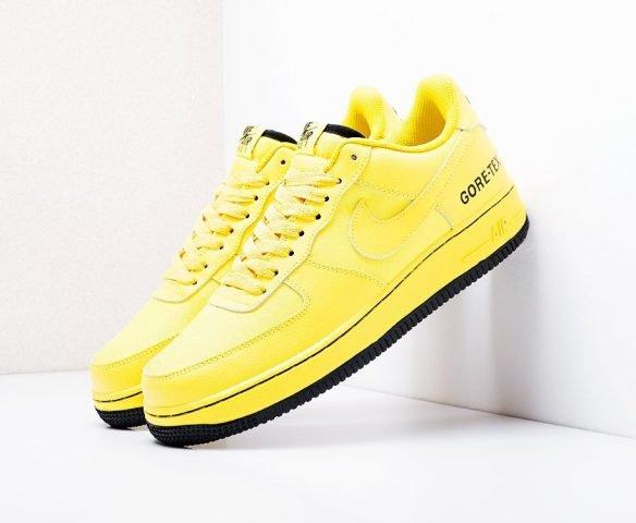 Nike Air Force 1 Low Gore-Tex желтые