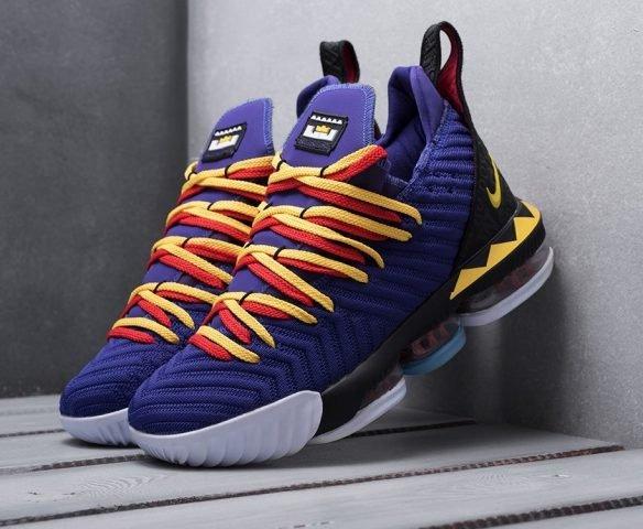 Nike Lebron XVI «Martin» фиолетовые