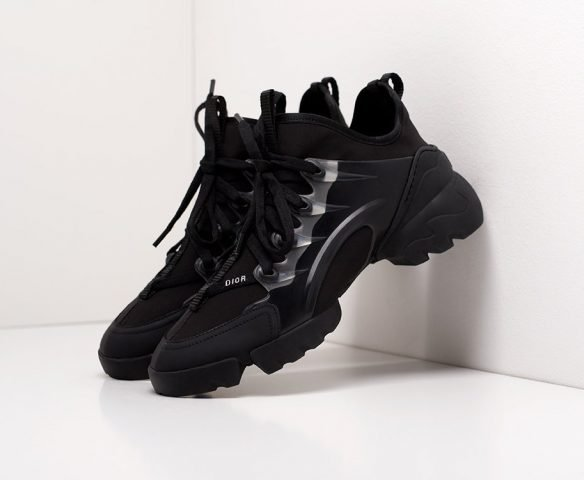 Dior D-Connect all black