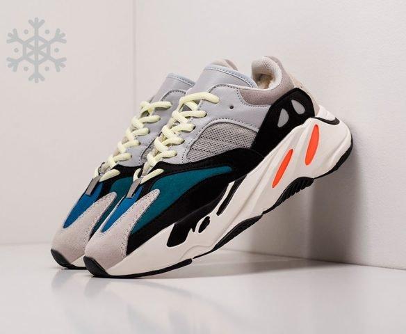 Adidas Yeezy Boost 700 winter серые