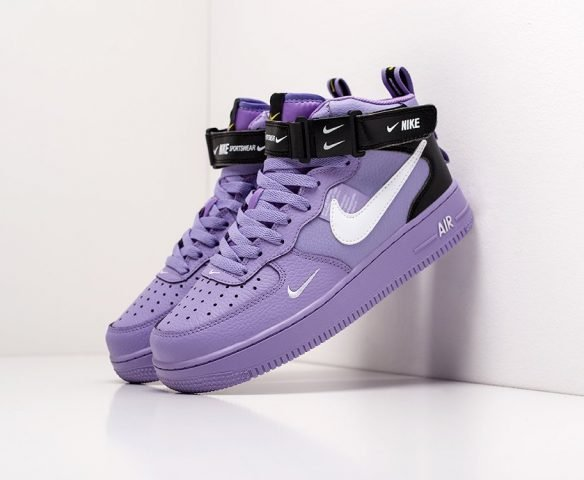 Nike Air Force 1 07 Mid LV8 purple