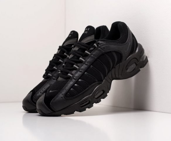 Nike Air Max Tailwind IV all black
