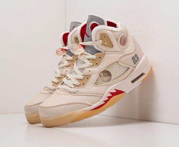Nike Air Jordan 5 beige