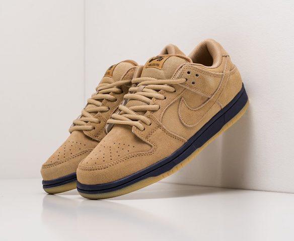 Nike SB Dunk Low brown