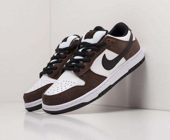 Nike SB Dunk Low white