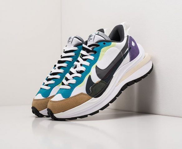 Sacai x Nike Vapor Waffle white
